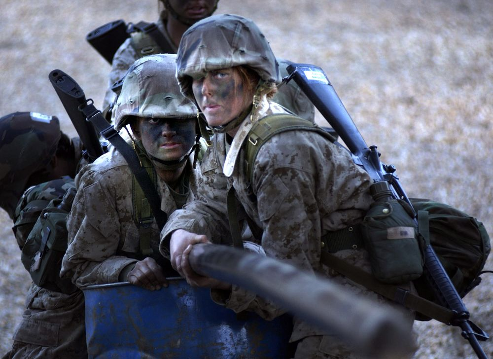 new tv ad shows marines looking for a few good women bloomberg
