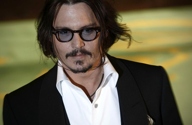 Johnny Depp Them In His Cause He Has Huge Patches Tourist You Can T Really Tell The Difference