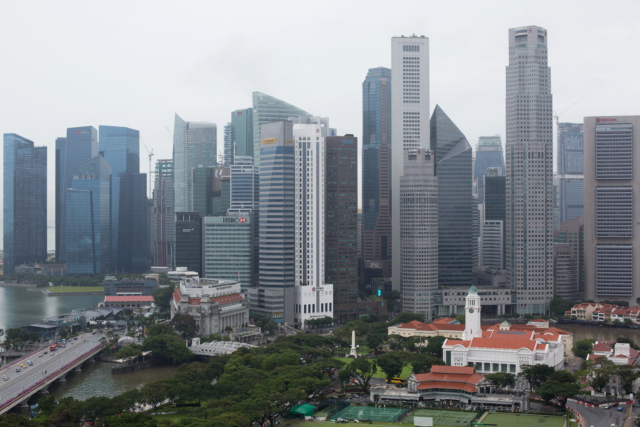 Singapore central bank linked to forex probe