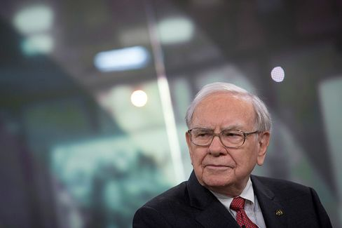 Warren Buffett's Berkshire Hathaway Grows Less Transparent