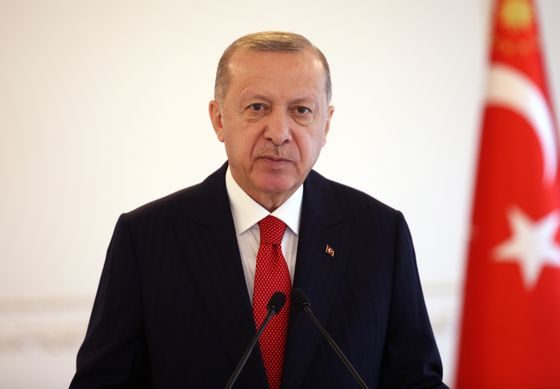 Saudi King Reaches Out to Erdogan by Phone as Tensions Simmer