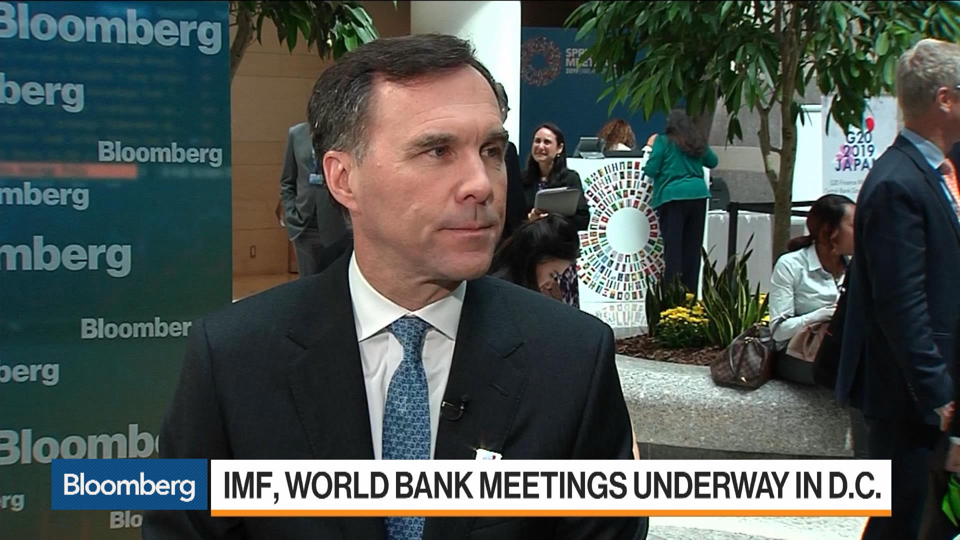 Bank of Canada Has Been Prudent With Rate Hikes, Morneau Says
