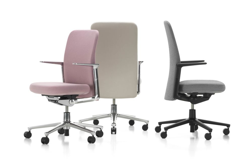 The New Office Chairs at Apple Hint at Changing Silicon