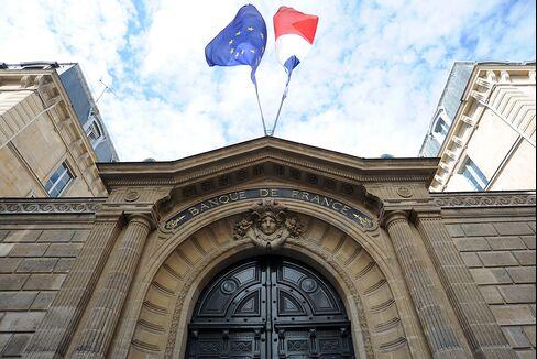 Spain, France Sales Take on Crisis as Firewall Eludes EU