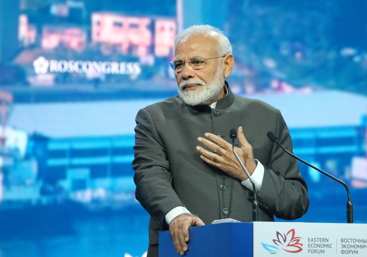 Tax Cut Gives Modi Perfect Pitch to Win American Investments