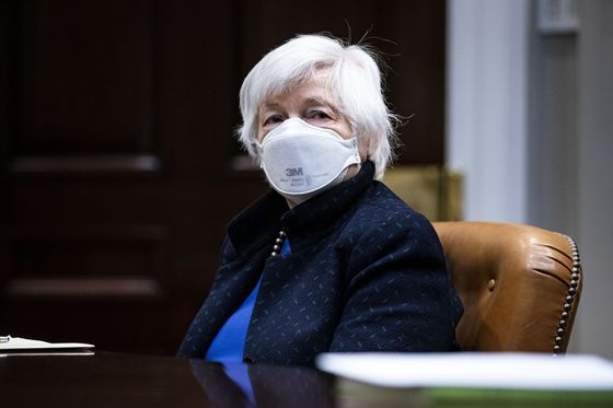 Yellen Faces U.S. Debt-Limit Dance, With Covid Complications