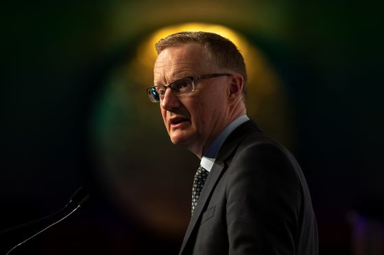 RBA's Lowe Sees 4.5% Unemployment Without Too Much Wage Growth
