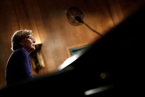 Elizabeth Warren's Presidential Fan Club Doesn't Include Elizabeth Warren