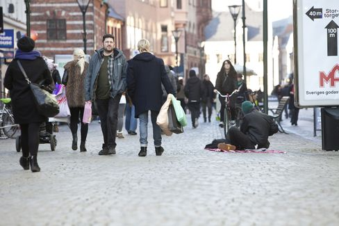 Shoppers In Malmo