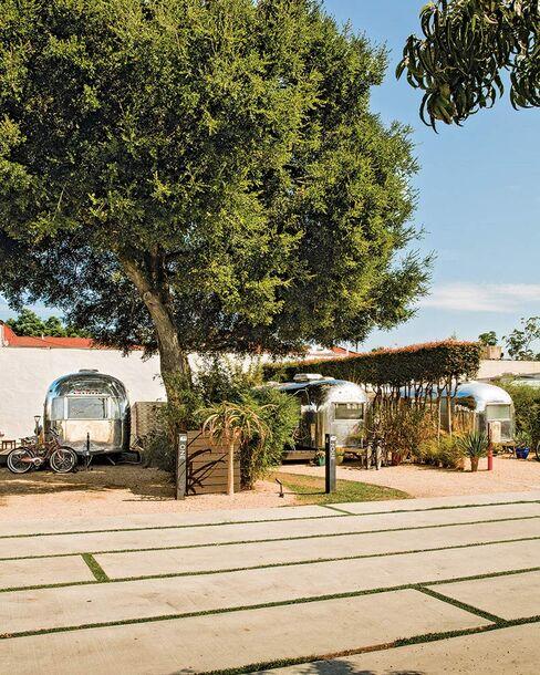 Santa Barbara's Autocamp motel.