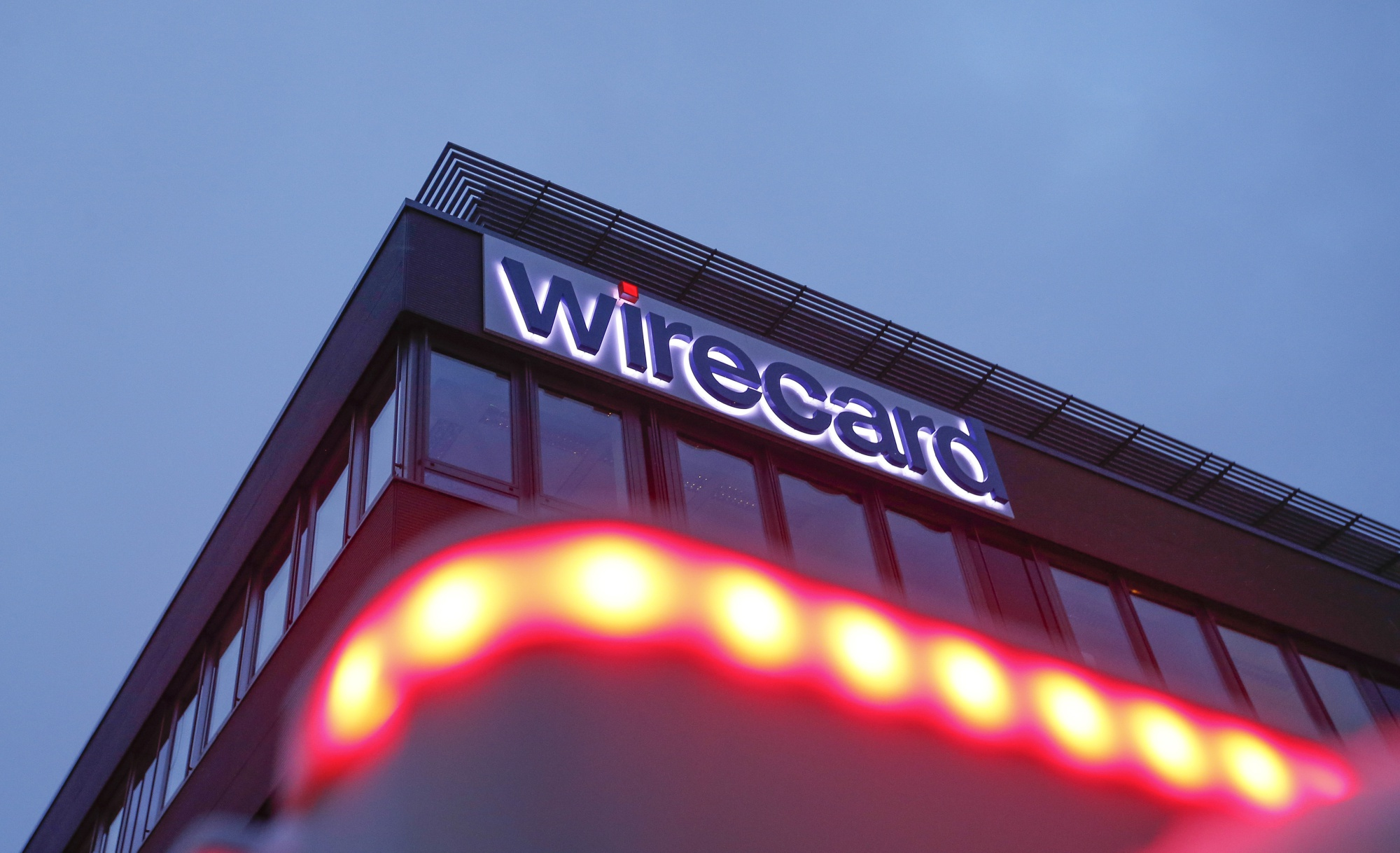 bloomberg.com - Amy Thomson - Wirecard Value Passes Deutsche Bank Again After SoftBank Investment
