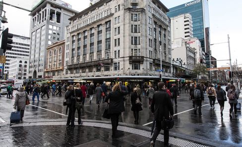 Bankers Returning as Kiwi Diaspora Lured Home by Prospects