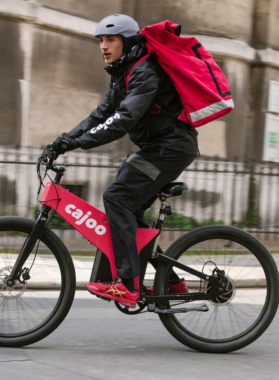 Grocery Delivery Shakeout Pushes France's Cajoo to Explore Sale