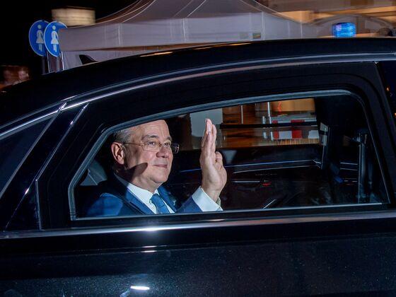 Scholz Begins German Coalition Push as Laschet's Hopes Fade