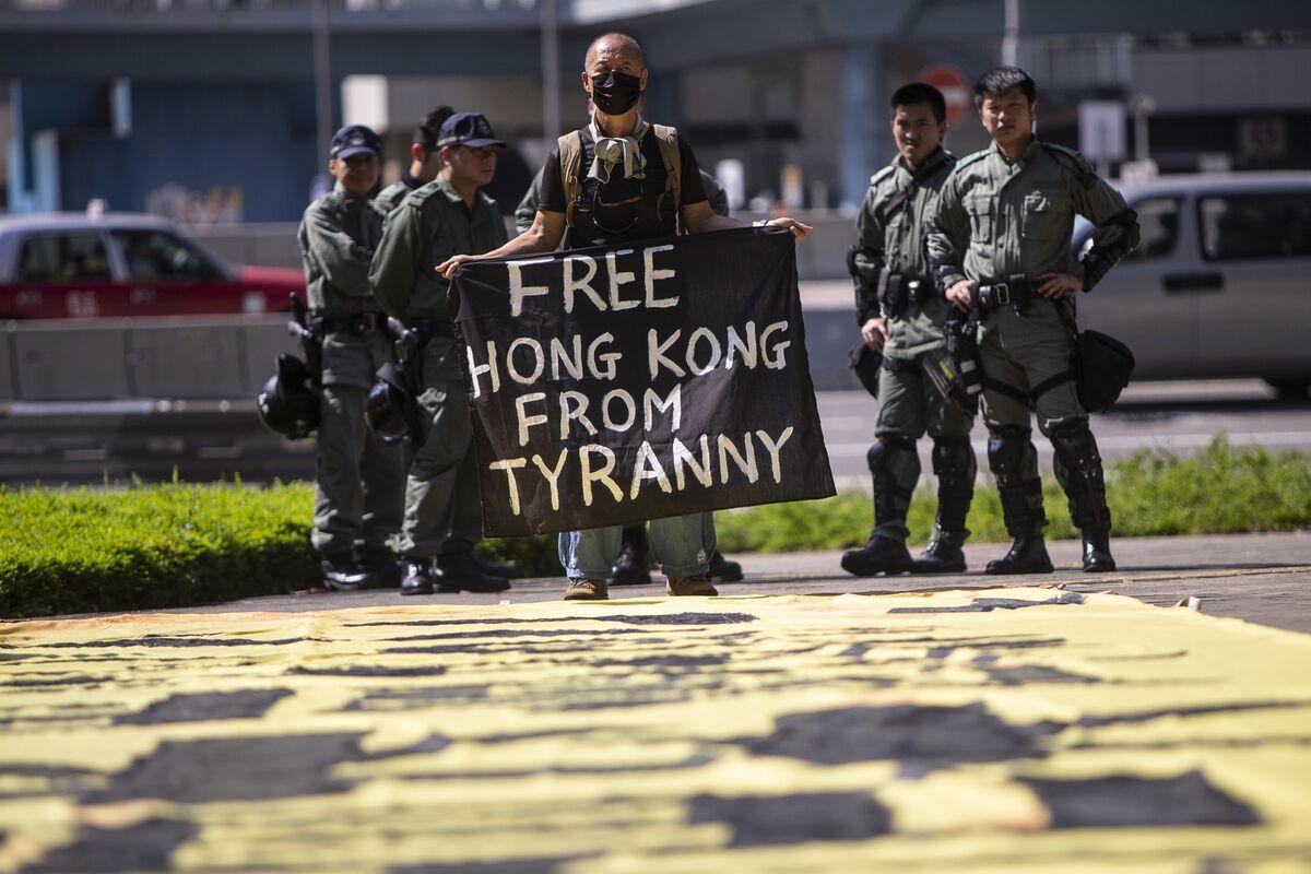 U.S. Senators Defy China Threat, Press Ahead With Hong Kong Bill