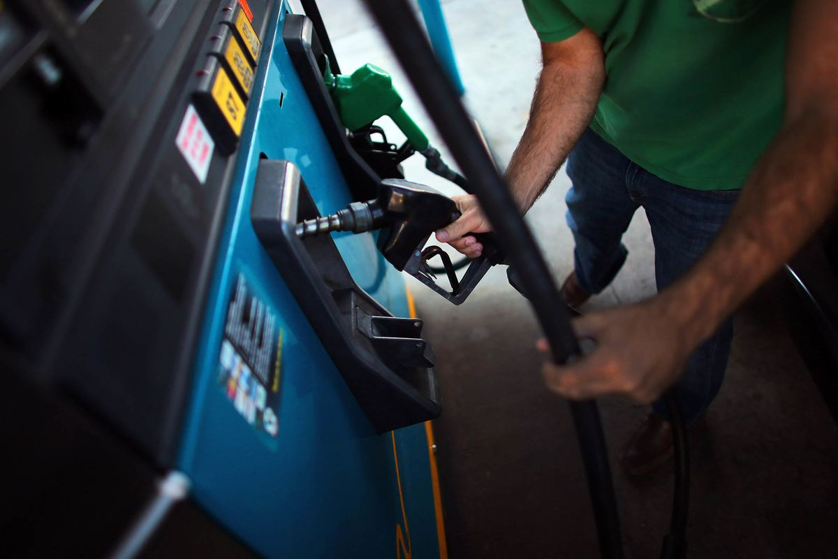 Cheapest Fuel Since 2005 Brings U.S. Drivers `Christmas in July'