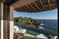 relates to A $13 Million Cliffside Mega-Mansion Is on the Market in Mexico