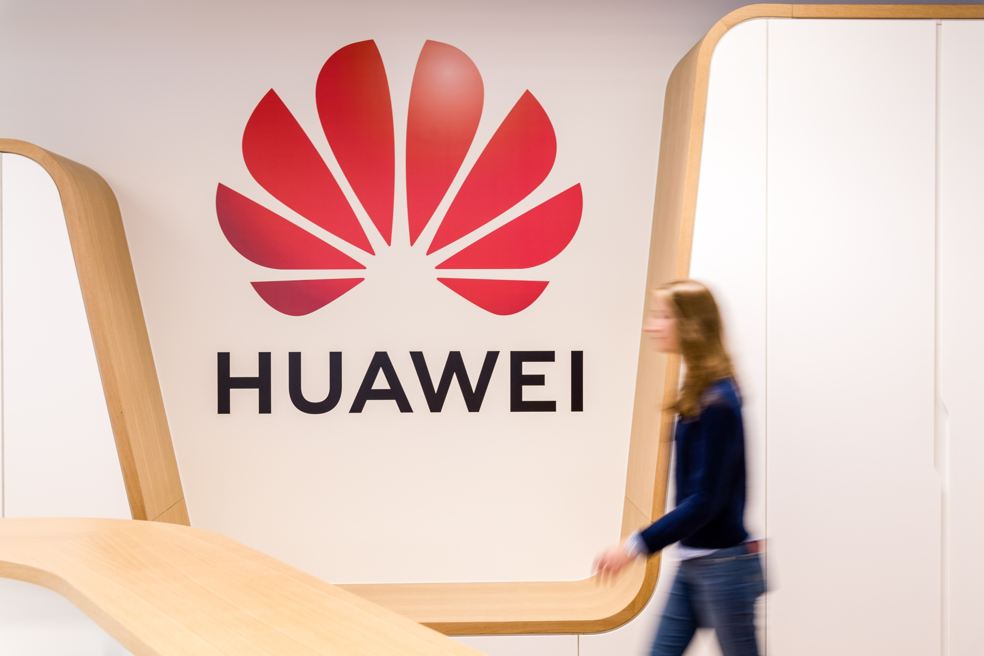 U.S. Threatens to Cut Intel Ties With Germany Over Huawei