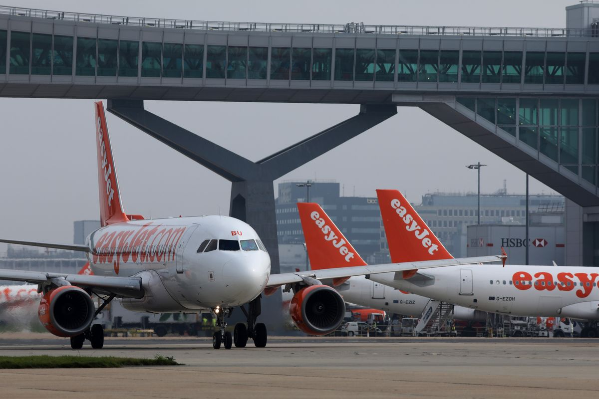 EasyJet to Become First Airline to Offset All Carbon Emissions