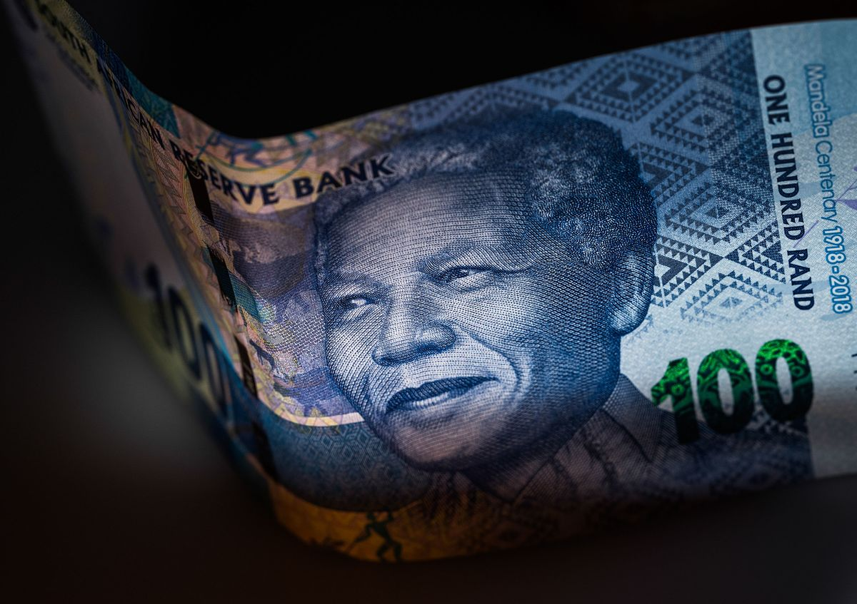Rand Weakens as Plan to Save Eskom May Raise Nation's Credit Risk