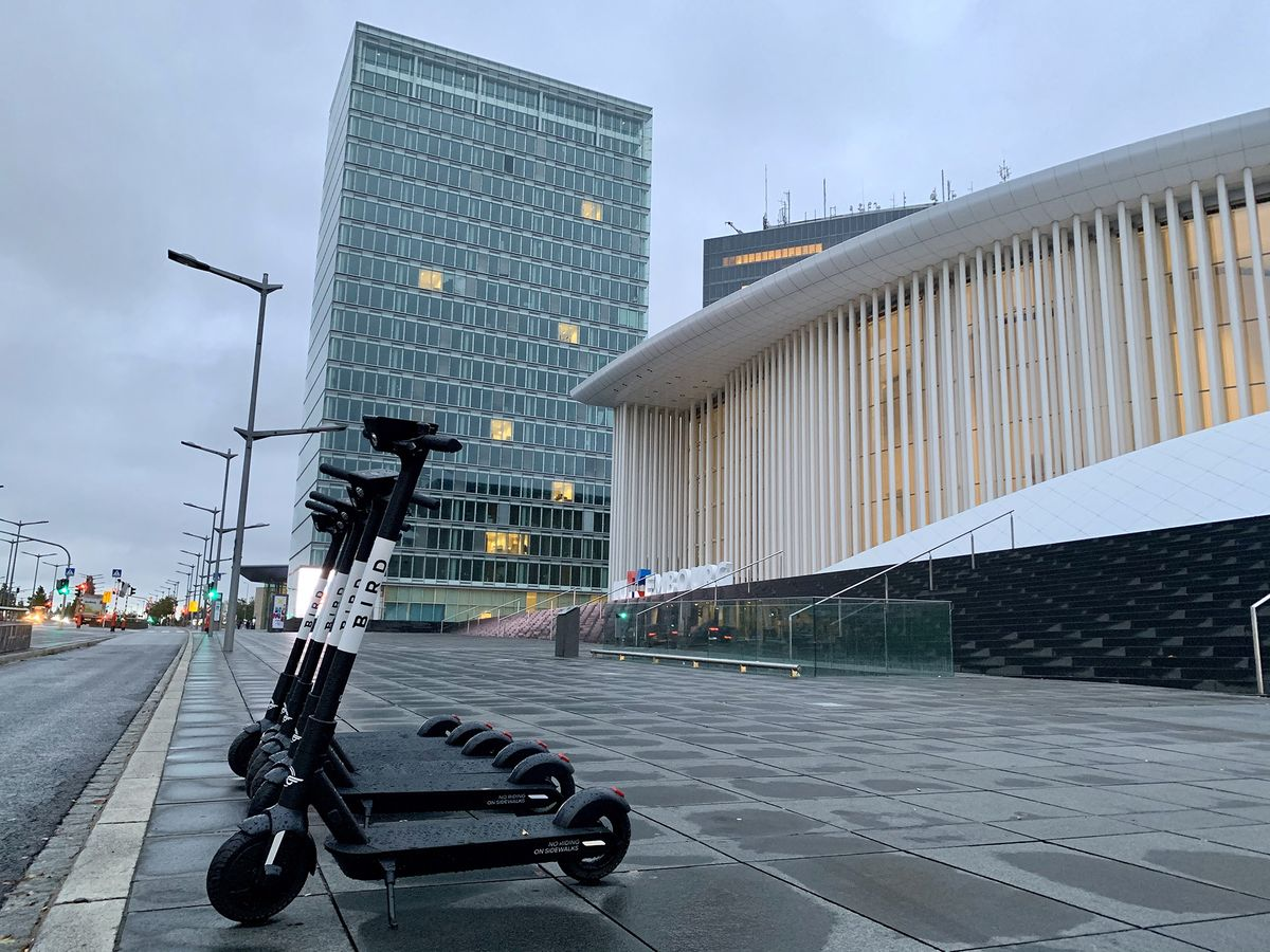 Scooter Startup Ignores Uber Lesson in Luxembourg Night Raid