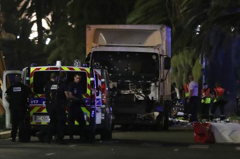 1468534264_Nice-France-Attack