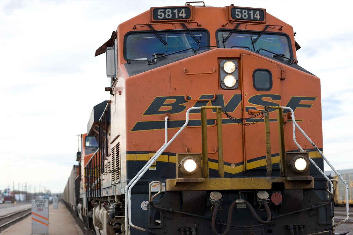 Union Pacific Loses Cargo to Buffett's BNSF for Third Year