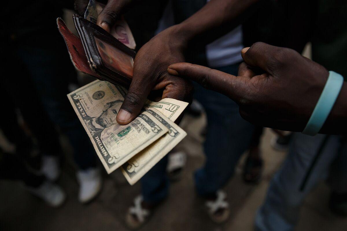 Zimbabwe Tax Body Orders Companies to Pay in U.S. Dollars
