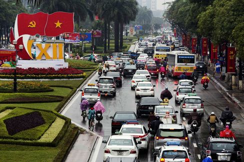 General Economy In The Capital As Vietnam Begins New Era