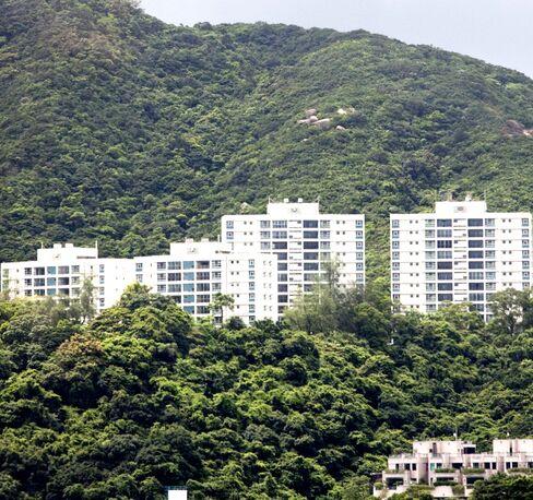 Hong Kong May Sell Peak Site for HK$10.5 Billion
