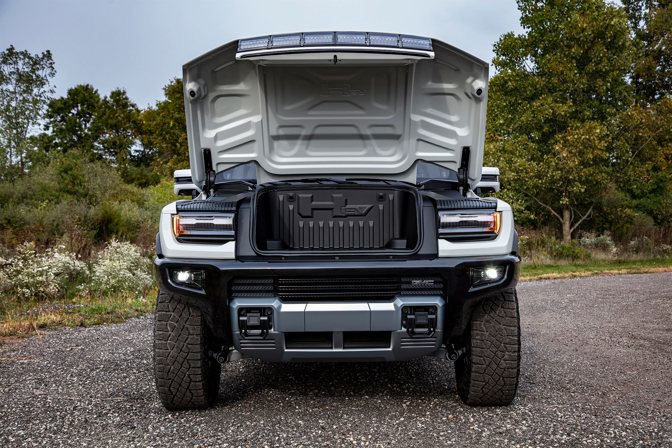 relates to GM Debuts Electric Hummer Pickup With $80,000 Starting Price