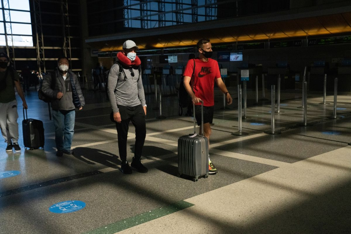 <p>U.S. Air Travelers Top 2 Million for First Time Since Pandemic thumbnail