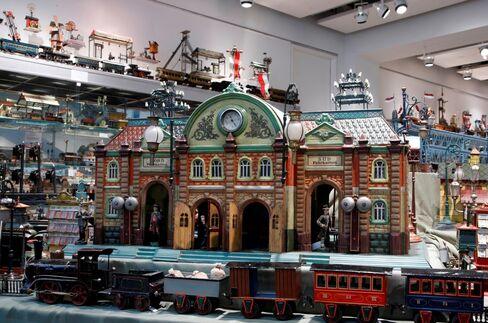 Antique Toy Trains