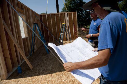 Homebuilder Confidence in U.S. Holds at Highest Level Since 2005