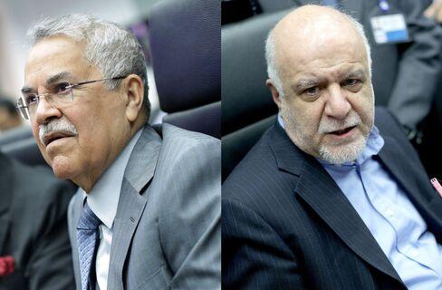 Saudi Arabia's al-Naimi, left and and Iranian Oil Minister Bijan Namdar Zanganeh.
