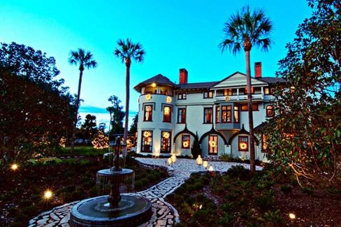 The Hat Mansion That Topped Disney as Florida's Favorite Tourist Spot