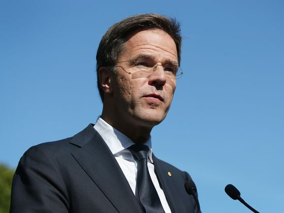 Dutch Ask EU to Freeze Billions for Poland in Rule-of-Law Clash