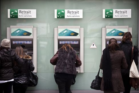 Biggest Banks May Need 17% Core Capital Under EU Draft Plans
