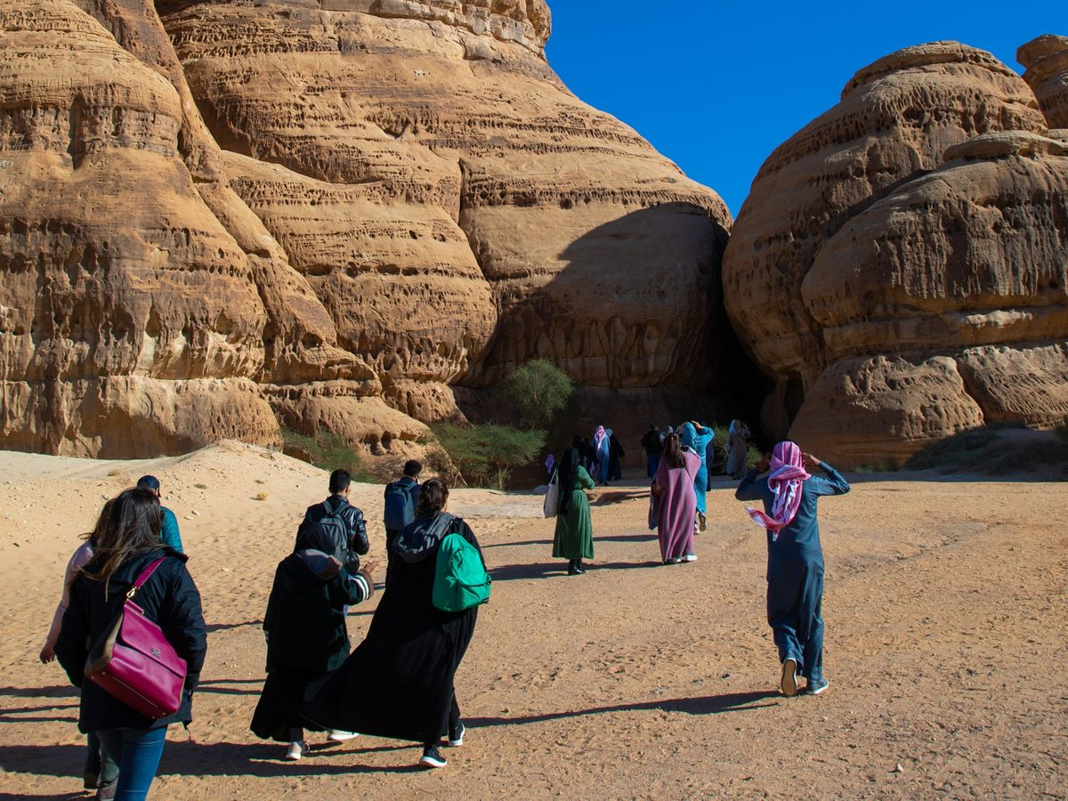 Saudi Arabia Has Granted 400,000 Visas Since Opening to Tourism