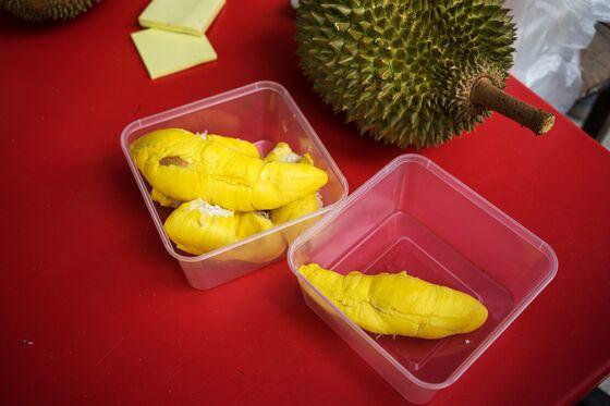 Malaysian Durian Sales May Shoot Upon China's Nod to Thorny Fruit