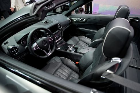Mercedes SL's Splashless Wipers Underpins Audi Pursuit