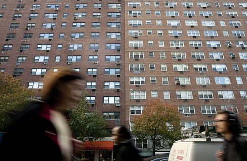 Manhattan Home Prices Rise in Busiest 2nd Quarter Since '07