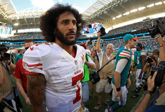 Nike Falls as Critics Fume on Social Media Over Kaepernick Deal