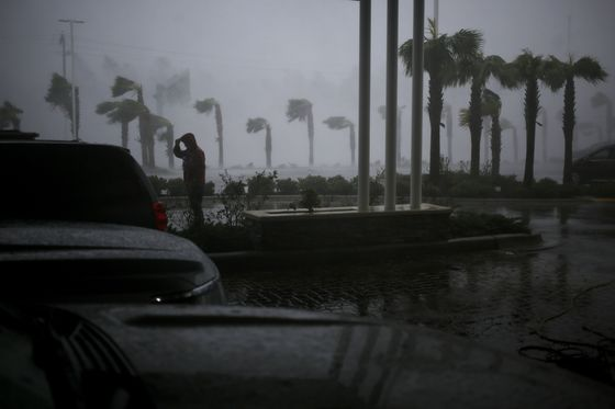 Hurricane Michael Lashes Florida With Wind Speeds Among Highest in History