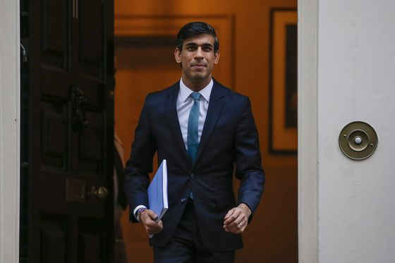 U.K.'s Sunak Poised to Stick to Tax Pledges in March 3 Budget