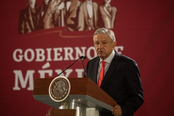 AMLO Cabinet Skipped Davos to Focus on Graft Fight, Envoy Says