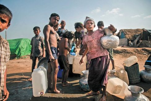 Myanmar's Census Sparks Controversy, Fears of Ethnic Unrest