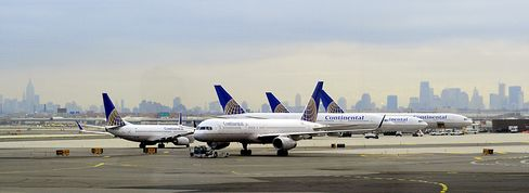 Continental Airlines Cancels 24 Flights on Sickout