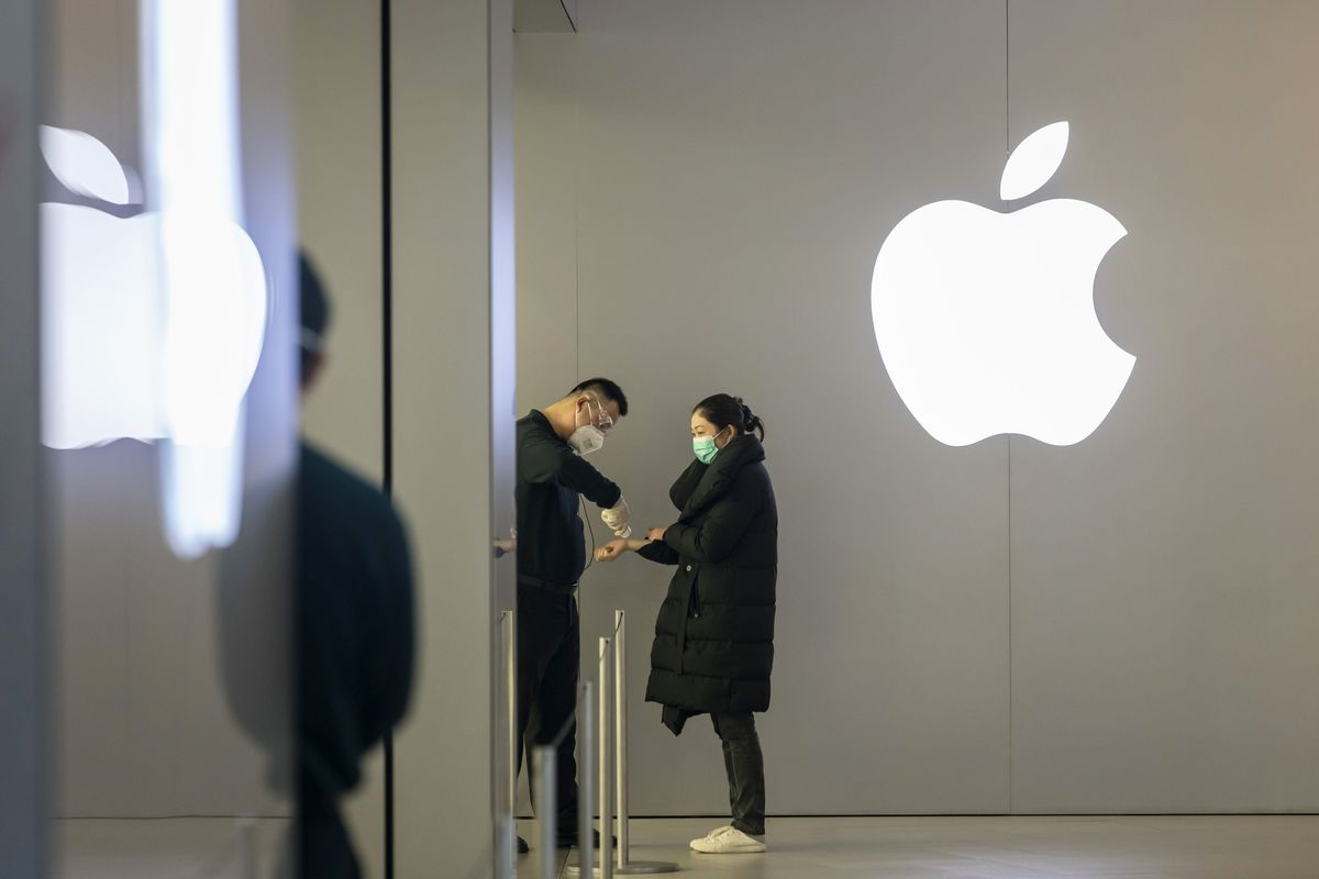 Review of Apple's Chinese Store websites shows around 30 of 42 have reopened, most with shortened hours, as the company seeks to rebound from COVID-19's impact (Mark Gurman/Bloomberg)