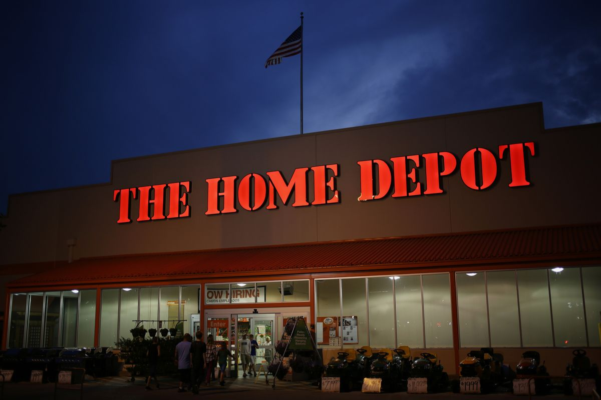 Home depot shareholder meeting no new stores bloomberg for Shop home depot